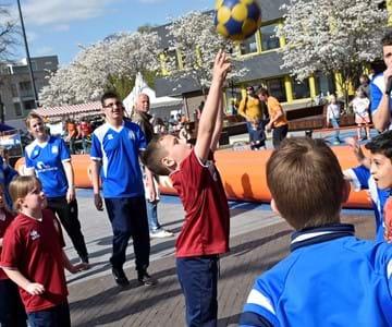 Tijdens de Nationale Sportweek een week lang sporten in Overschie voor alle basisschoolleerlingen